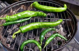 green chilies on the grill
