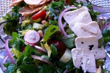 mom's fattoush salad