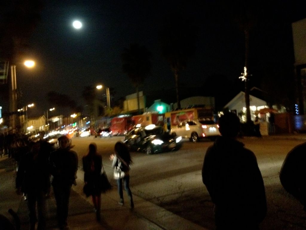 abbot kinney on friday night