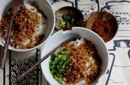 fried mushroom rice bowl