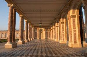 Inside-the-Grand-Trianon