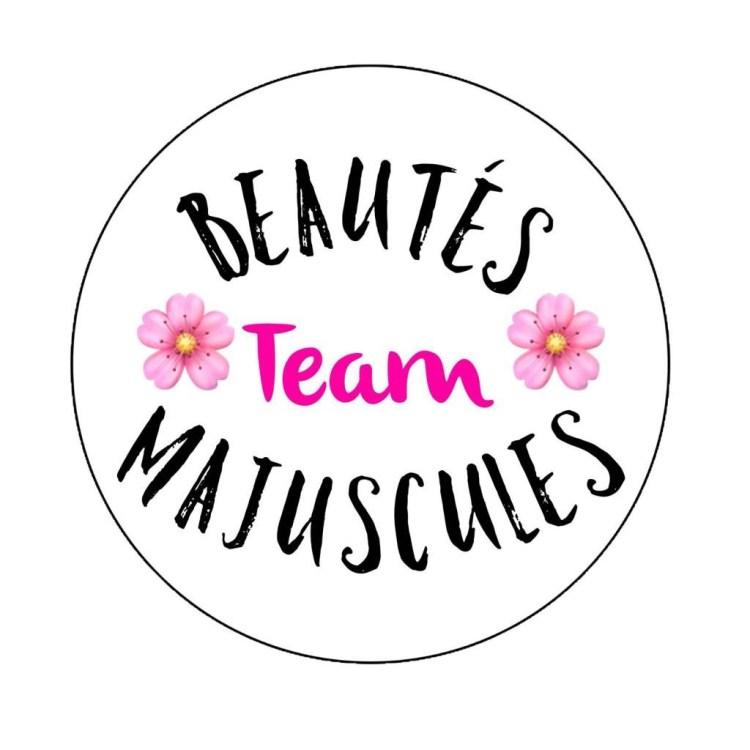 team- beautés - majuscules - fond de teint - benefit - maquillage