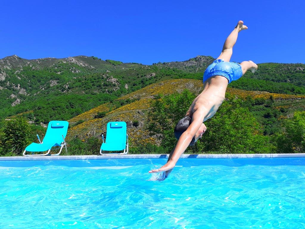 piscine - les cabanes du loup bleu