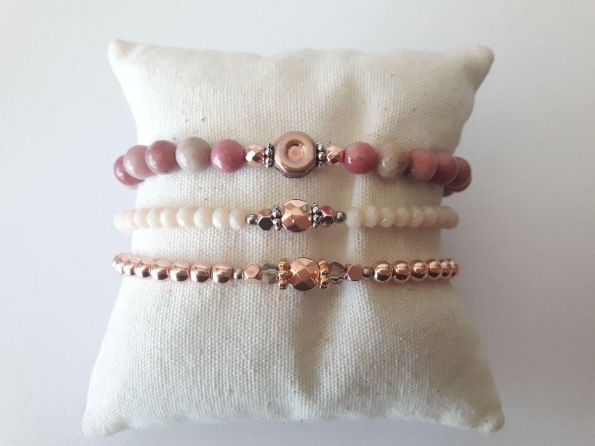 Ensemble 3 bracelets pierres, perles de verre et hématite