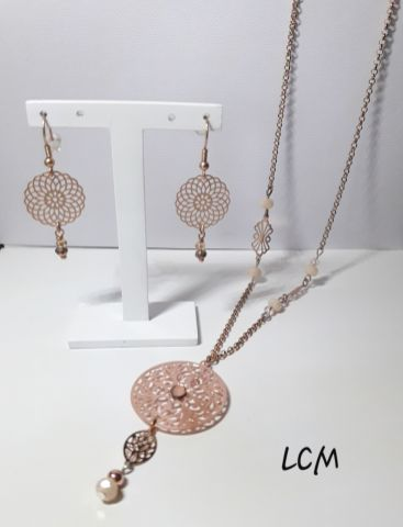 Collier et boucles d'oreilles filigrane or rose