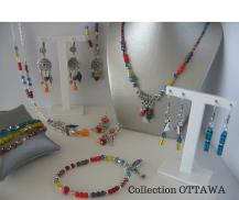 Boucles d 'oreilles,collier , bracelets OTTAWA