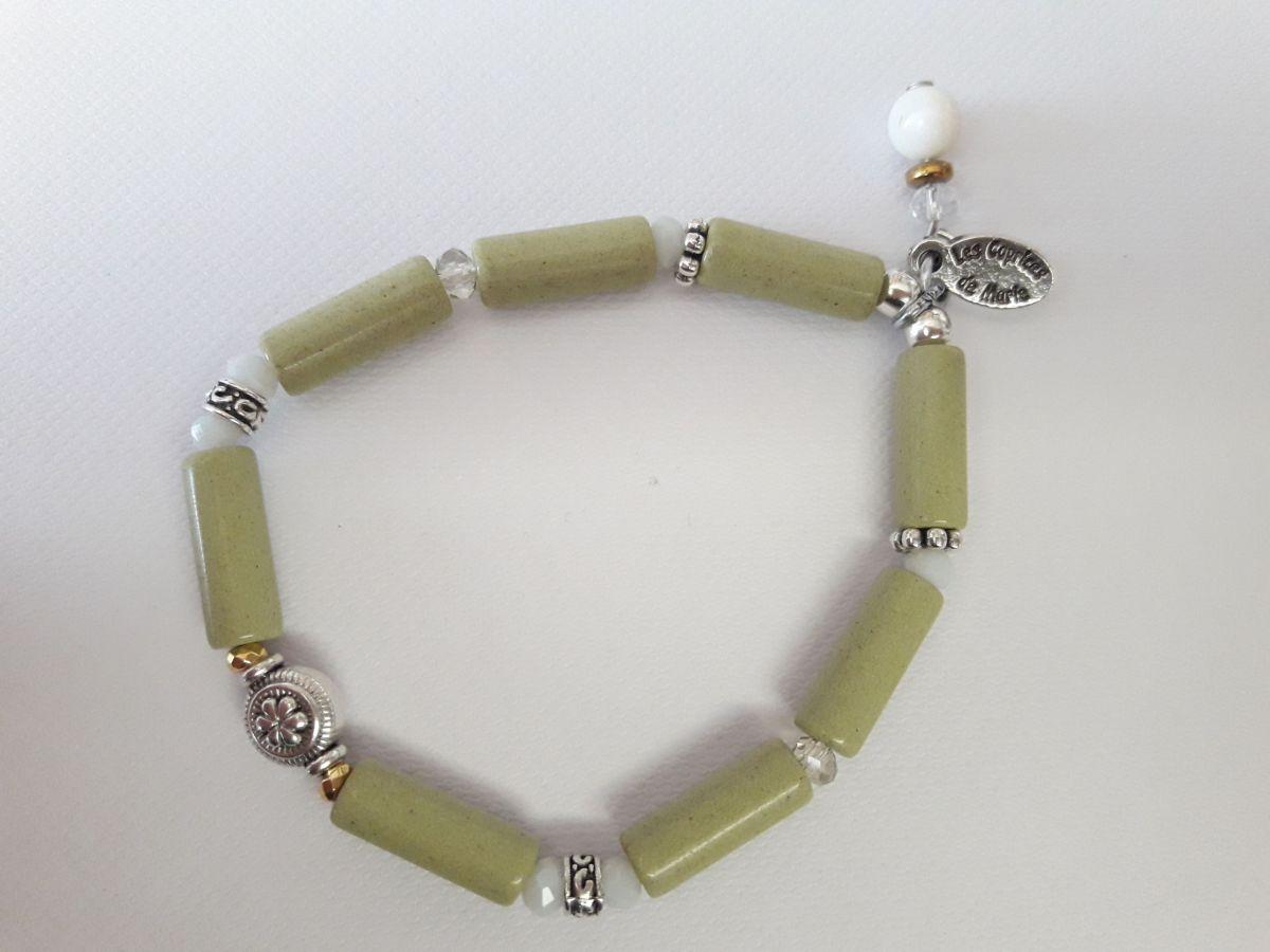 Bracelet vert perles tube