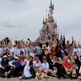 Les chiens guides d'aveugles s'invitent à Disneyland Paris