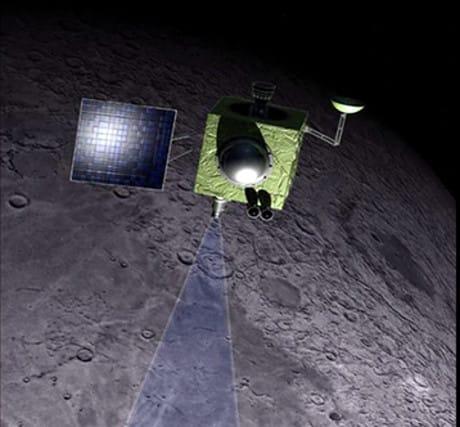 Non c'è dubbio: sulla Luna c'è ghiaccio d'acqua