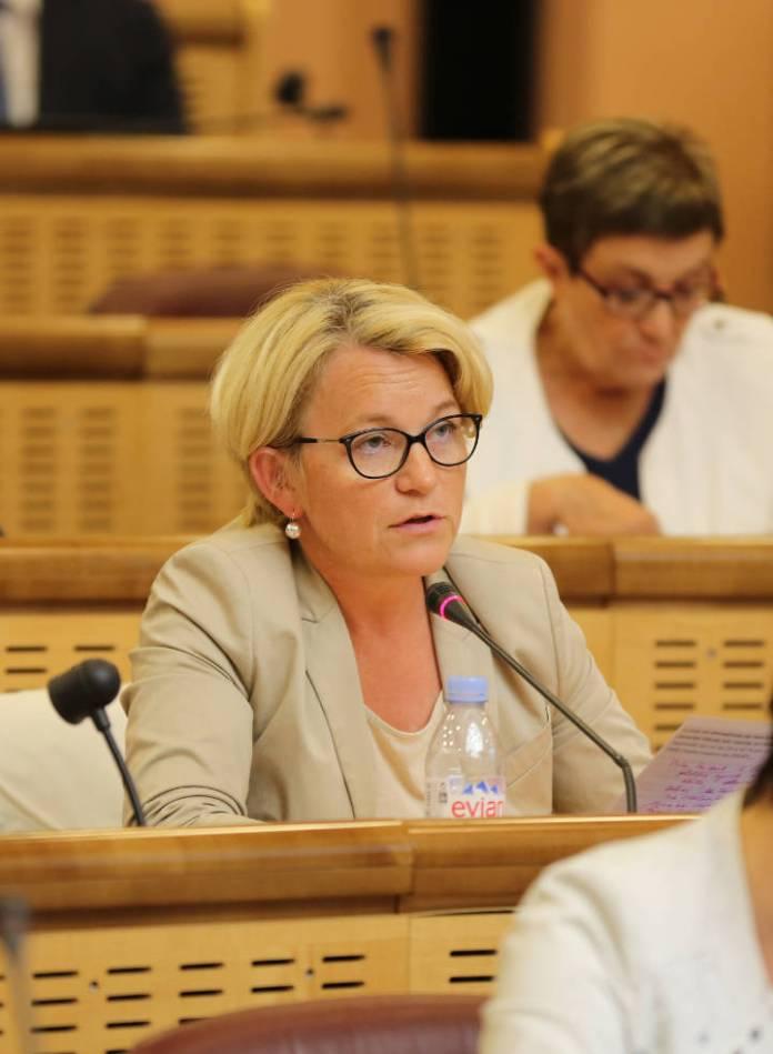 « L'installation des jeunes agriculteurs et l'agroécologie sont prioritaires » Pascale Gaillot, Vice-Présidente de la Région Grand Est.