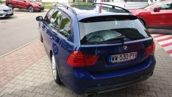 BMW 320i Touring 2