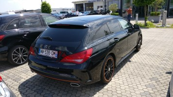 Mercedes-Benz CLA 220D Shooting Brake Orange Art 2