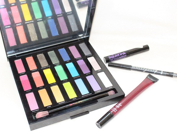 maquillage vert et violet full spectrum urban decay