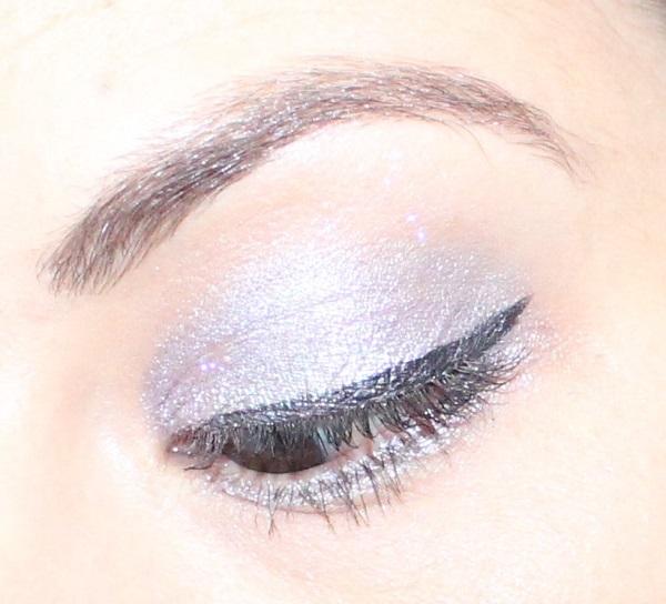 maquillage gris perle et violet noel