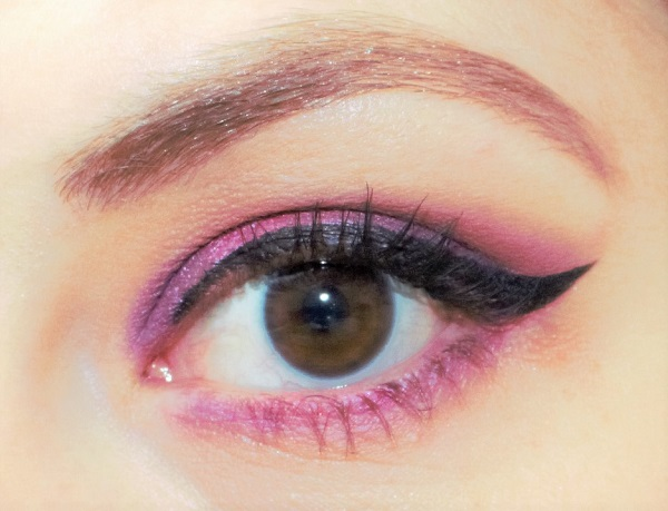 msc maquillage fuchsia et violet
