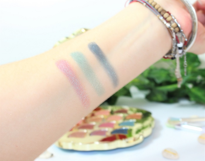 Be a mermaid & Make waves palette swatch