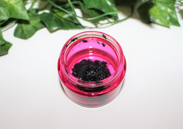 dentifrice maison charbon noir huile de coco