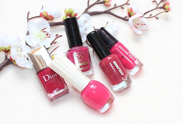 vernis a ongles roses