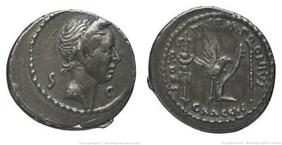 1711JU – Denier César _ Tiberius Sempronius Graccus