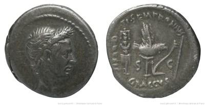 1710JU – Denier César – Tiberius Sempronius Graccus