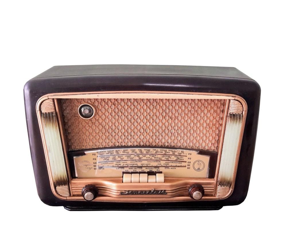 Sonneclair Dauphin radio vintage Bluetooth LES DOYENS