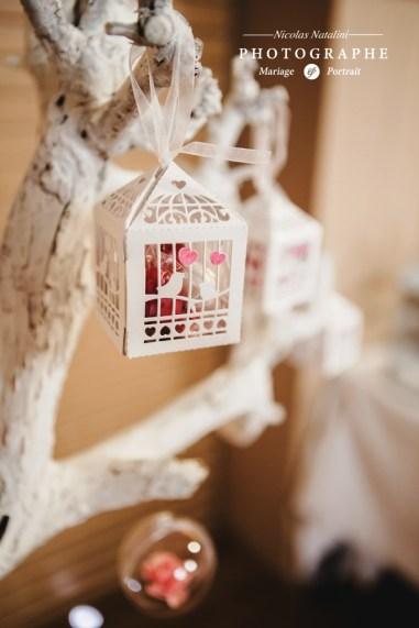 mariage-decoration-boheme-vintage-les-embellies-d-amelie-chapelle-de-jujurieux-nicolas-natalini22