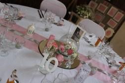 mariage-decoration-romantique-miroir-vase-boule-rose-gris-oiseaux-les-embellies-d-amelie11