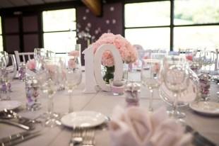 mariage-decoration-rose-romantique-oeillets-les-embellies-d-amelie-du-lait-pour-les-fees17