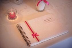 mariage-decoration-vase-martini-fleurs-les-embellies-d-amelie-chateau-de-pierreclos-greg-bellevrat09