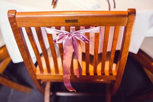 mariage-decoration-vase-tube-fleur-moderne-bougies-les-embellies-d-amelie-chateau-de-pizay-loovera-photographie05