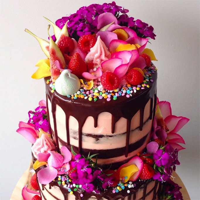 Flowers, berries and cake