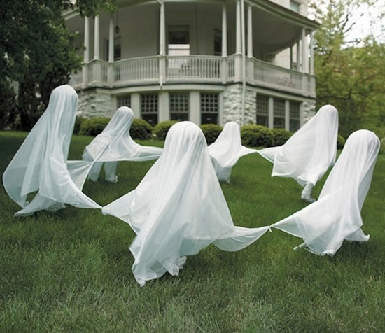 DANCING GHOSTS DIY