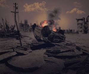 Voiture qui brûle en rebellion contre les produits industriels