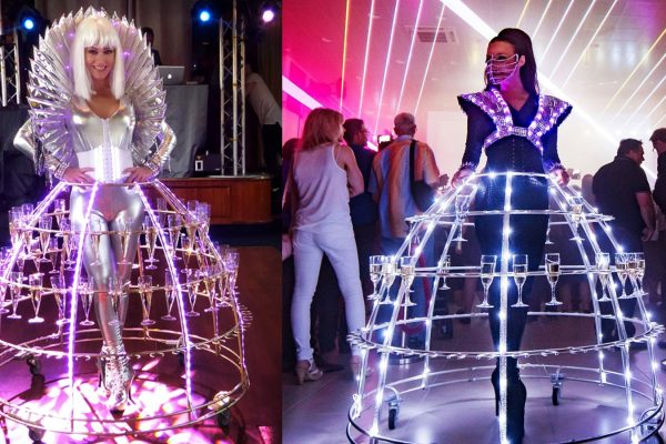 Animation robe de champagne led - animation cocktail entreprise incroyable