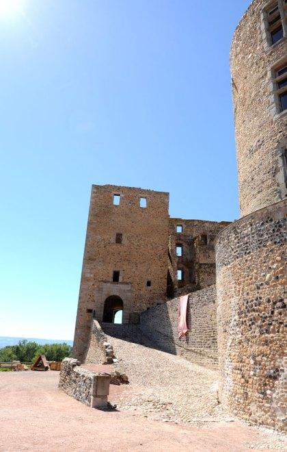 chateau-medieval-montrond-foreziales-3