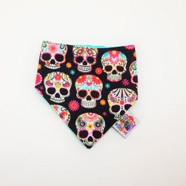 Bavoir bandana têtes de mort mexicaines multicolores