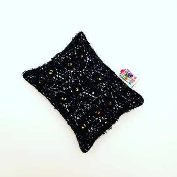 Eponge chats phosphorescents fond noir