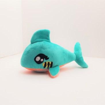 Peluche Requin menthe et saumon