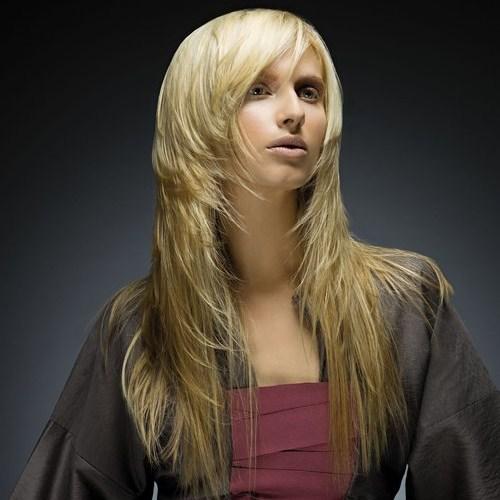 fryzura długa cudownie cieniowana