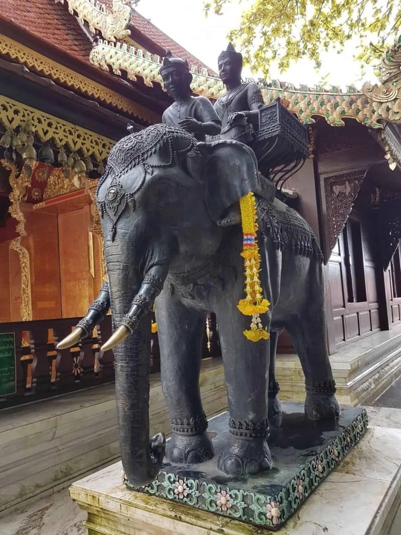 Thaïlande, découverte du magnifique temple de Doi Suthep 🛕 8