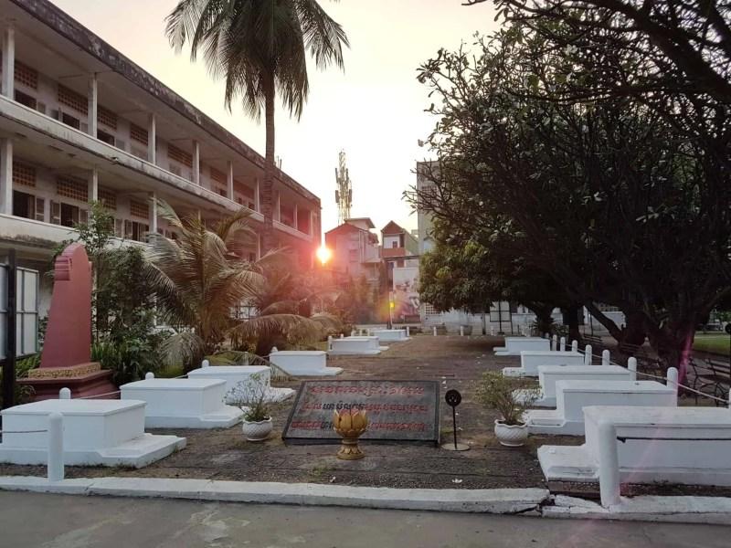 Cambodge, histoire du génocide et visite de la prison S21 😥 4
