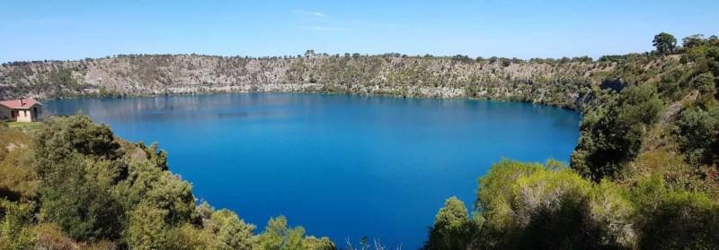Australie, la beauté du Blue Lake formé dans le cratère d'un volcan 🌋 13