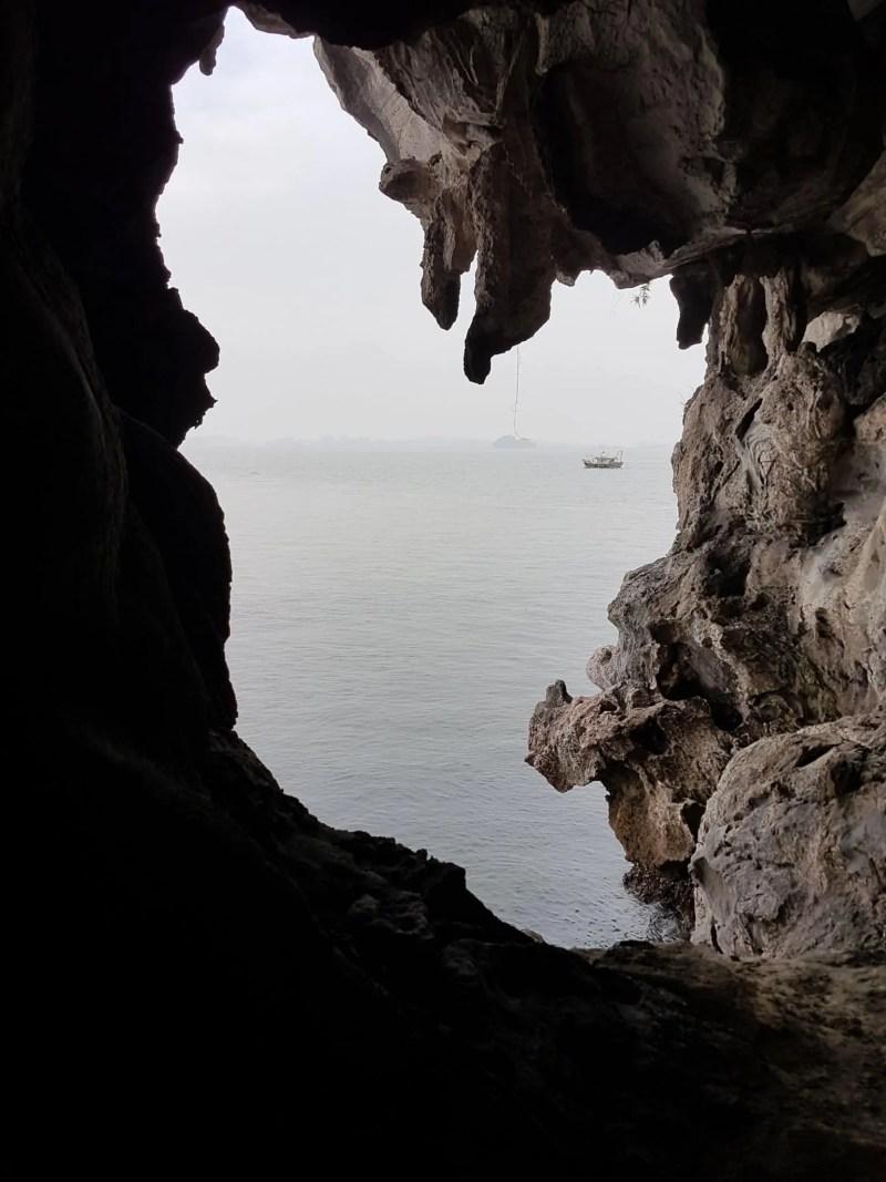 Vietnam, tour en bateau privé dans la baie d'Halong ⛵ 16