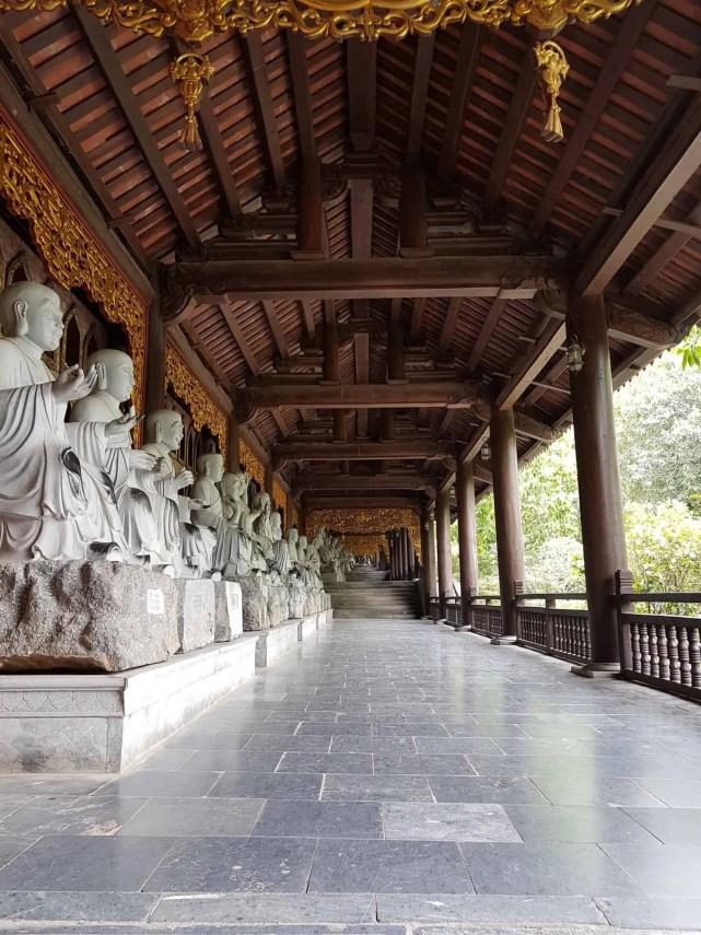 Vietnam, l'incontournable temple de Bai Dinh aux 500 statues 🛕 11