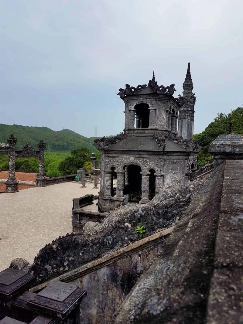 Vietnam, scotchés devant la beauté du mausolée de l'empereur Khai Dinh ⚰ 6