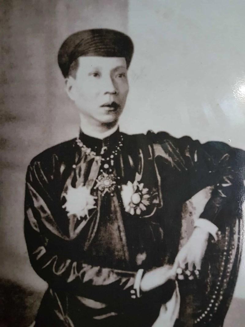 Vietnam, scotchés devant la beauté du mausolée de l'empereur Khai Dinh ⚰ 4