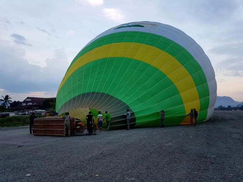 Laos, un vol en montgolfière au dessus de Vang Vieng riche en émotions 🎈 2