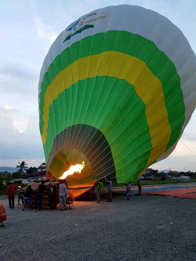Laos, un vol en montgolfière au dessus de Vang Vieng riche en émotions 🎈 3