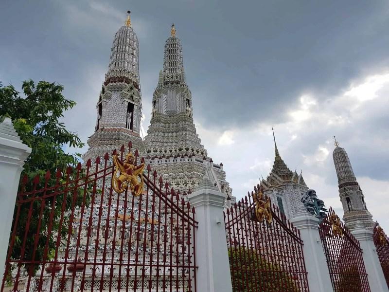 Thaïlande, visite du Wat Arun avant de monter dans l'avion qui nous ramène en France 💔✈ 2