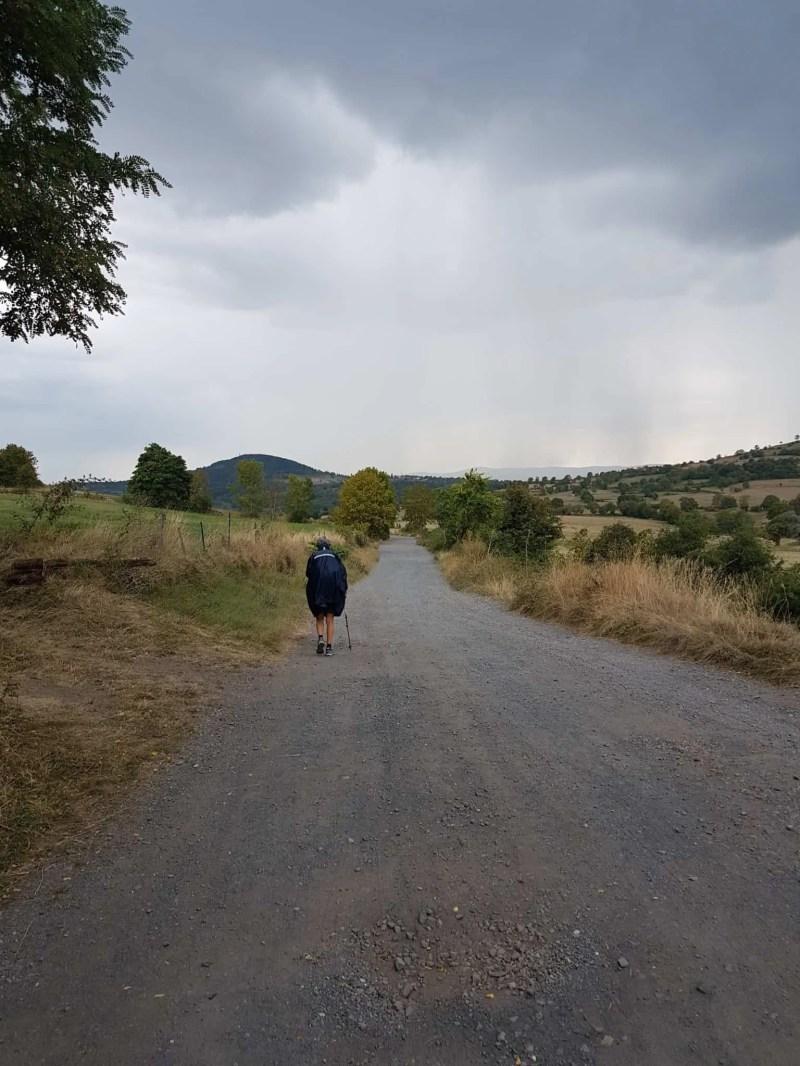 Chemin de Compostelle, un démarrage pluvieux vers Tallode ⛈ 8